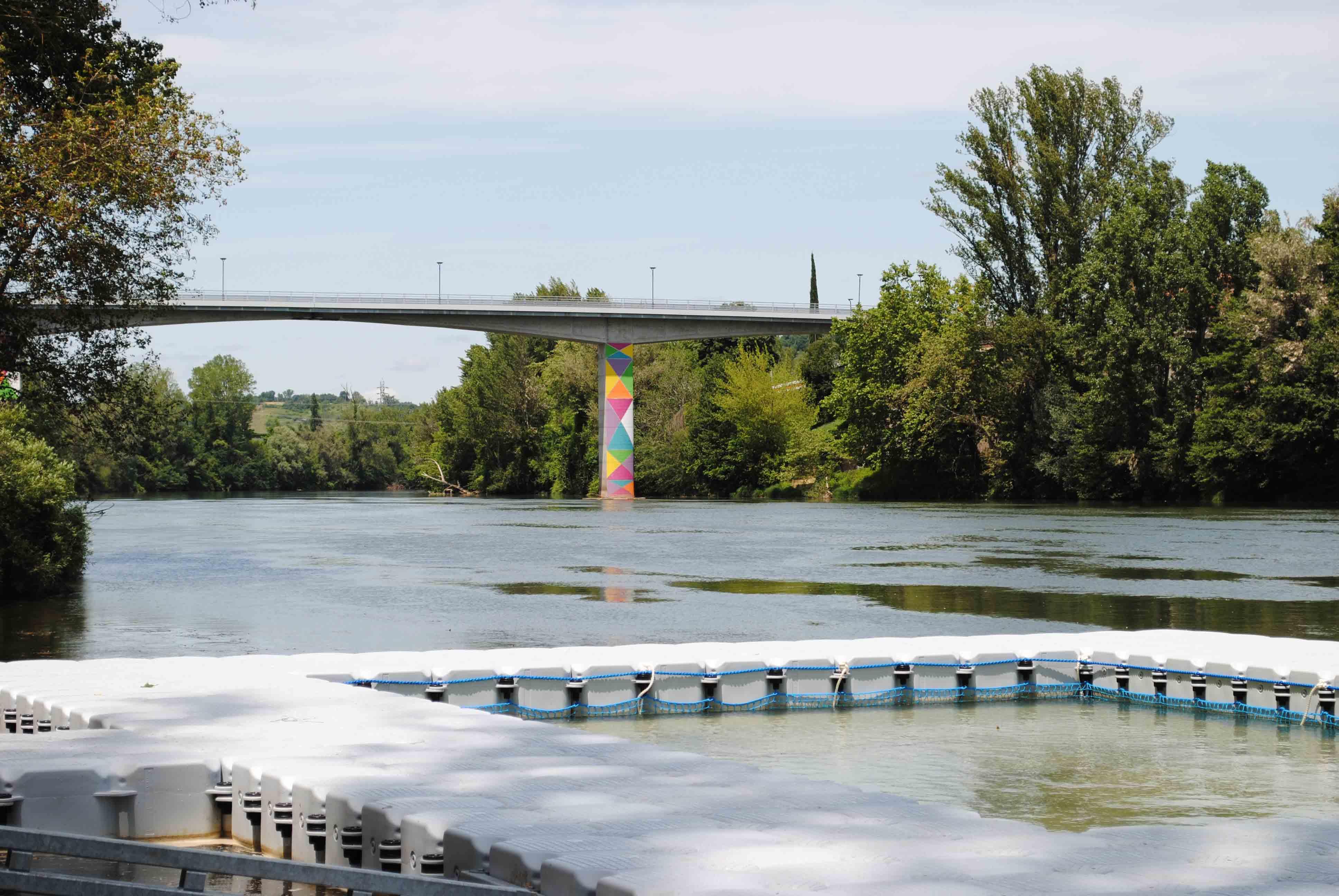 Un bassin flottant sur la plage et un nouveau ponton au club nautique : l'été se prépare sur le Tarn !