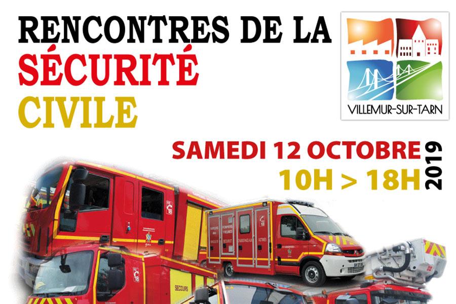 Les pompiers de Villemur en démonstration sur les berges du Tarn